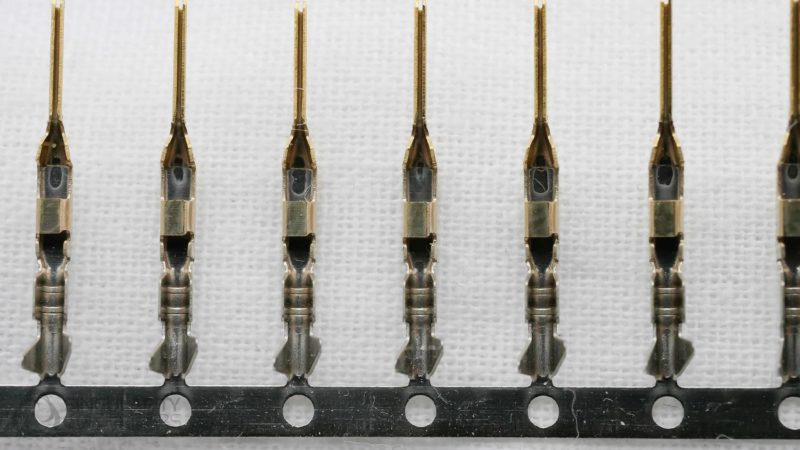 Front Panel Pins Male